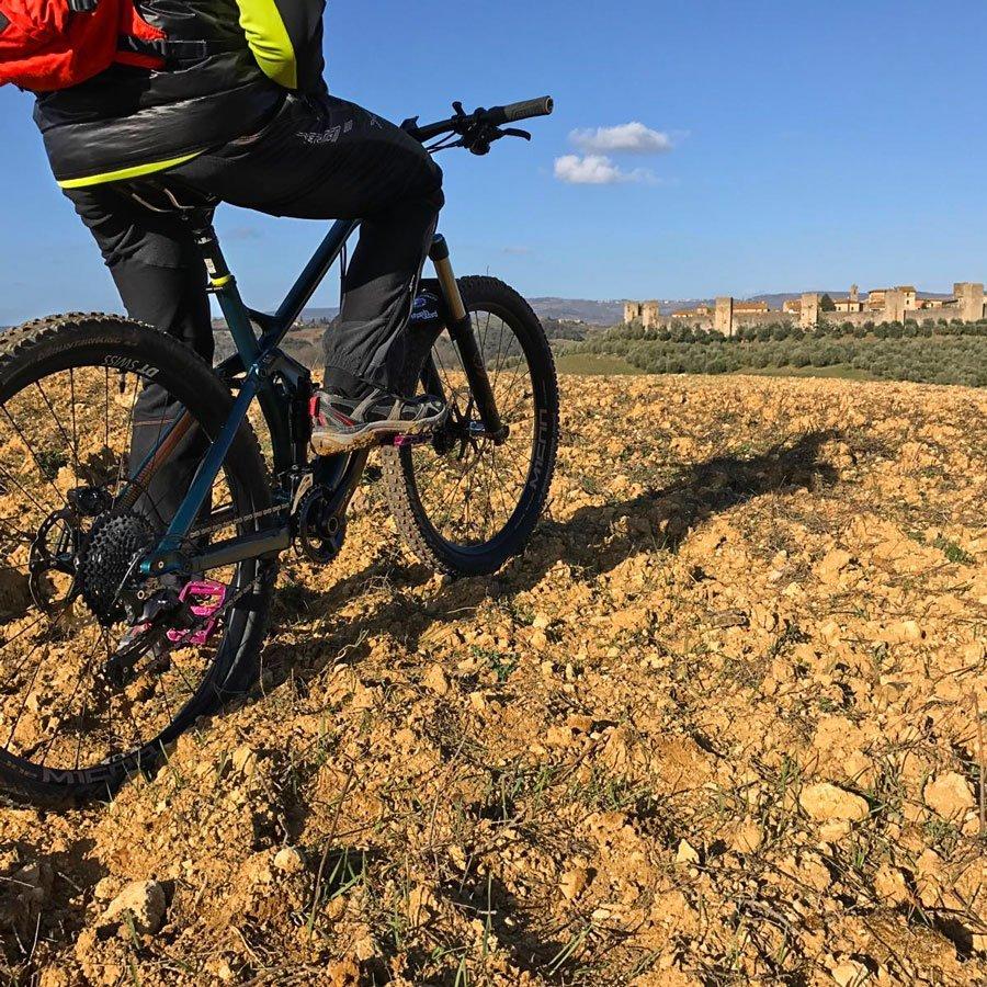Biking a Monteriggioni