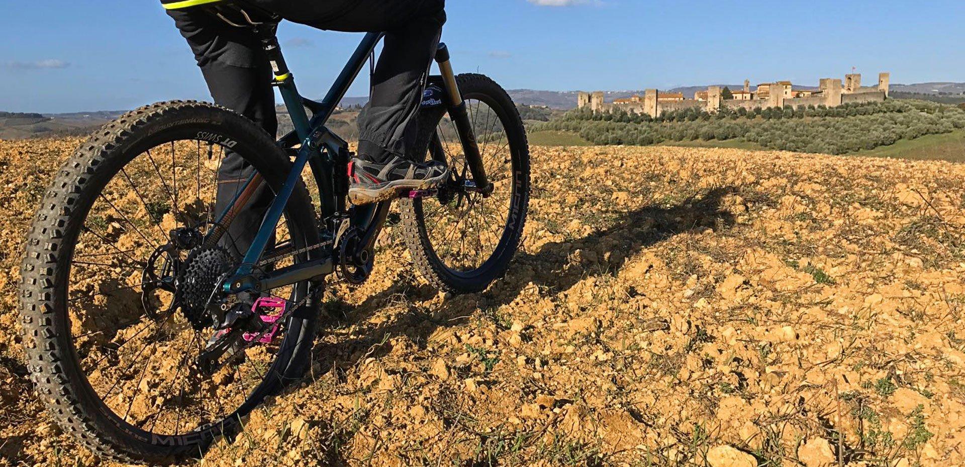 monteriggioni biking